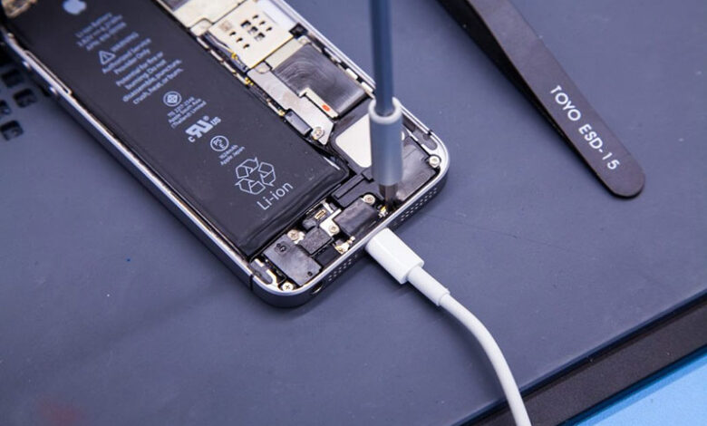 Samsung Galaxy Needs a Charger Port Replacement